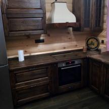 кухня (массив сосны)